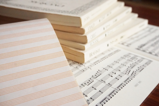 ピアノ教室平均月額授業料